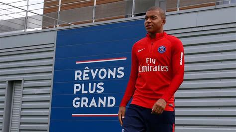 Kylian Mbappé - History and Biography
