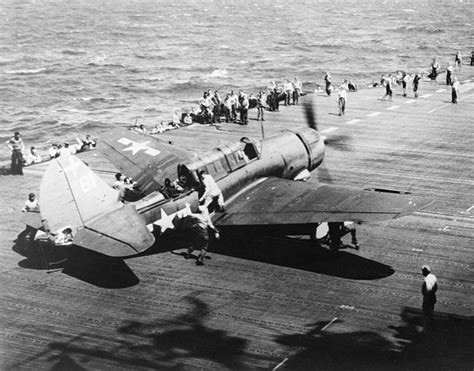 1944: Leyte Gulf: 38 Aircraft Carriers Fight the Greatest