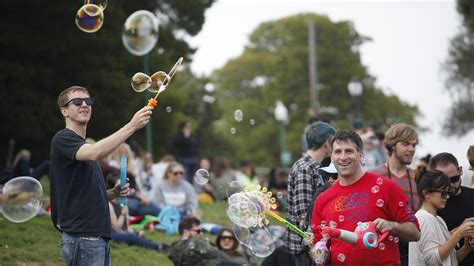 Every startup stereotype in one San Francisco bubble party